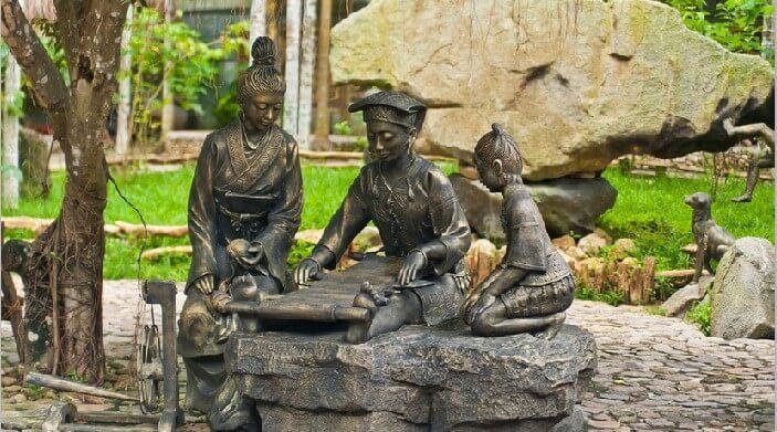 Деревня народов Ли и Мяо