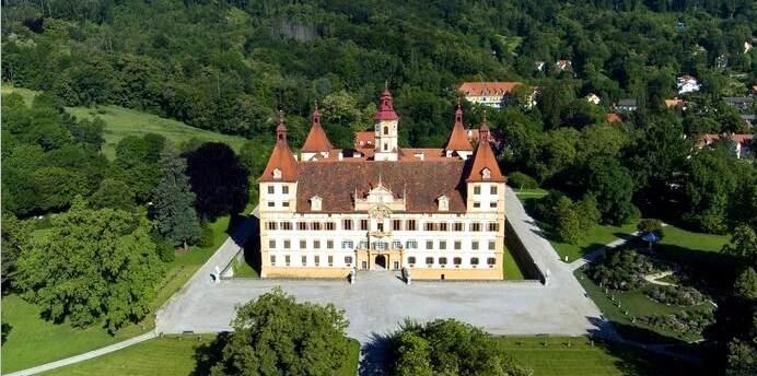 грац фото, замок эггенберг