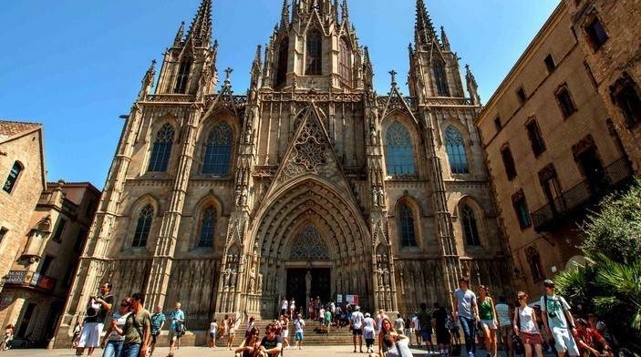 Испанский Кафедральный собор Евлалии, главный собор барселоны, кафедральный собор св. евлалии, кафедральный собор барселоны, собор святого креста и святой евлалии