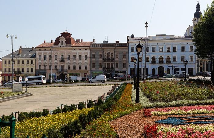 Центральная площадь Черновцов