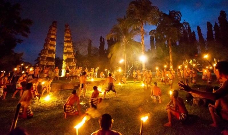 храм улувату танец кечак